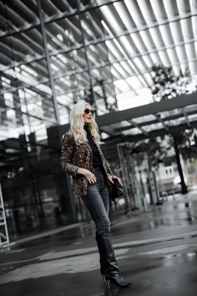 Dallas blogger wearing a leopard blazer and Schutz boots