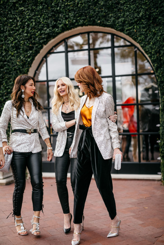 Dallas bloggers wearing leather pants