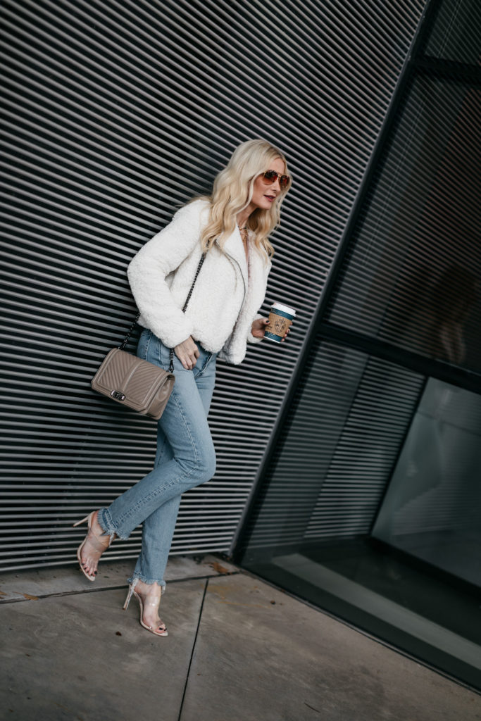 Dallas blogger wearing Schutz heels and Levis