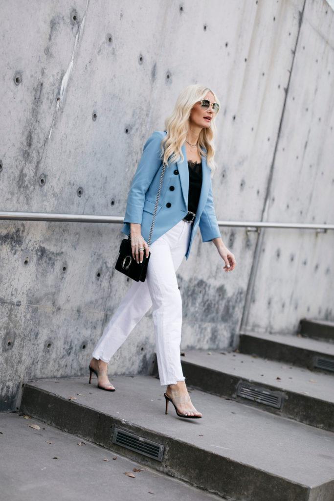 Dallas fashion blogger wearing a Veronica Beard Blazer