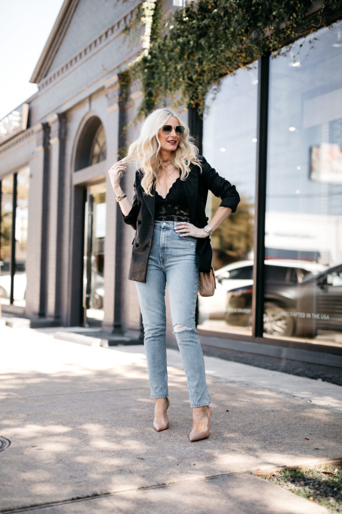 Dallas blogger wearing denim and heels