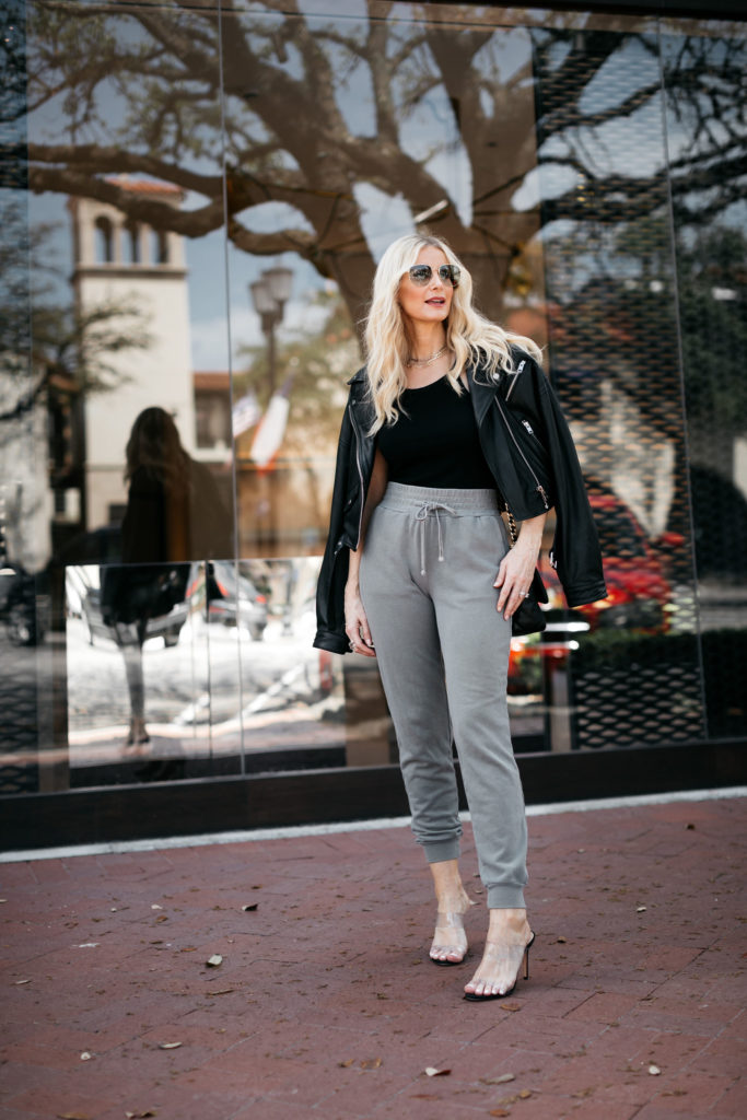 Dallas blogger wearing a black leather jacket