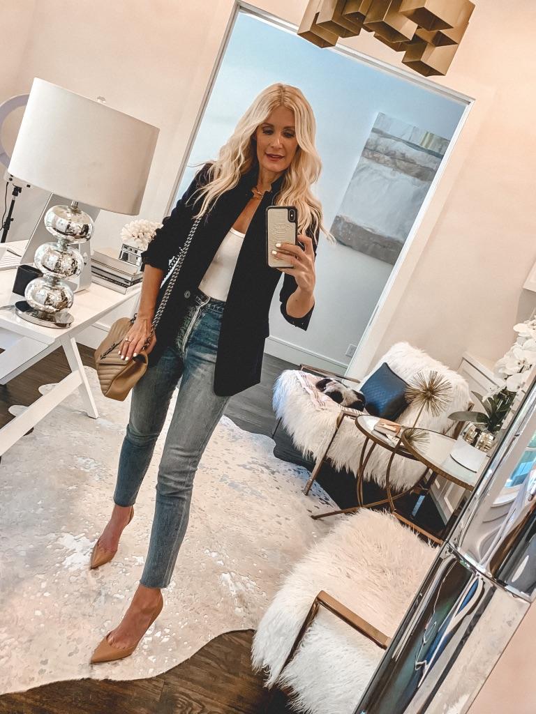 Dallas blogger wearing a J Crew blazer