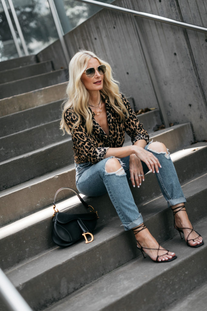 Dallas blogger wearing lace up heels