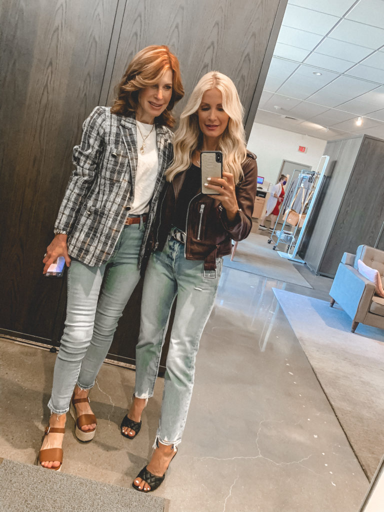 Dallas fashion bloggers wearing denim at Nordstrom Anniversary Sale