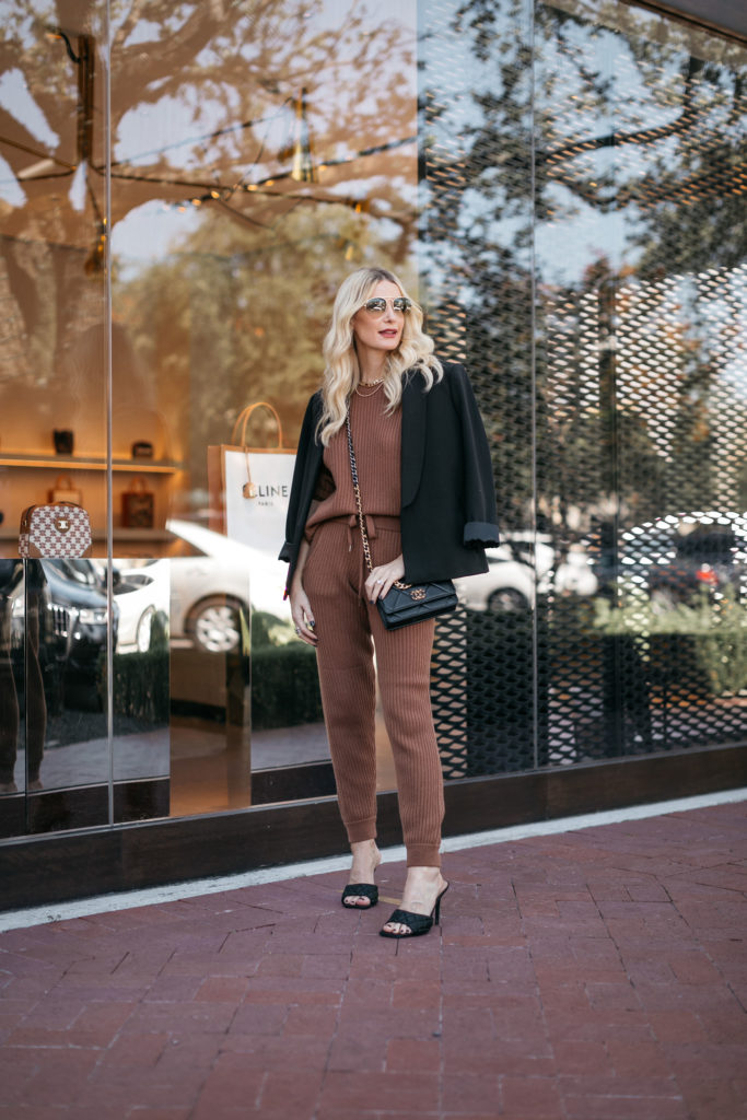 Dallas fashion blogger wearing a comfortable lounge set with heels | wearable fashion trends 2020