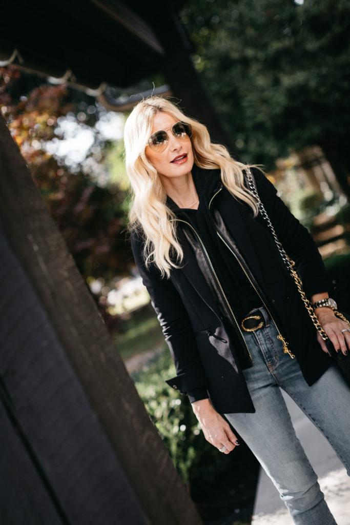 Dallas blogger wearing a black blazer and a black dickey