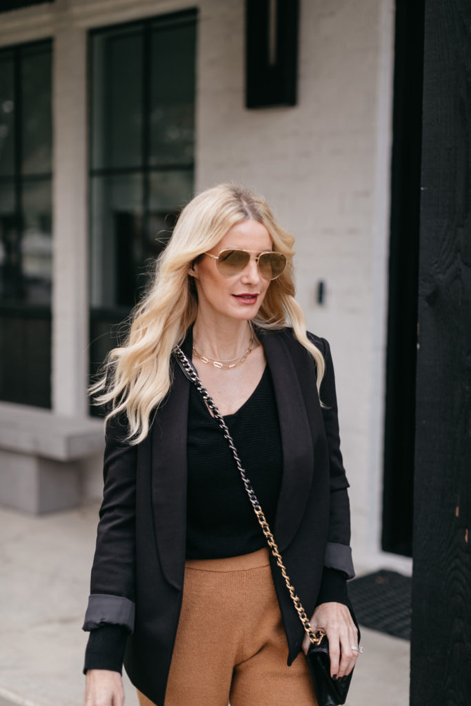 Fashion blogger wearing the best loungewear of 2020
