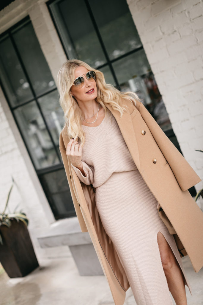 Dallas fashion blogger wearing a camel coat and neutral outfit for fall and winter