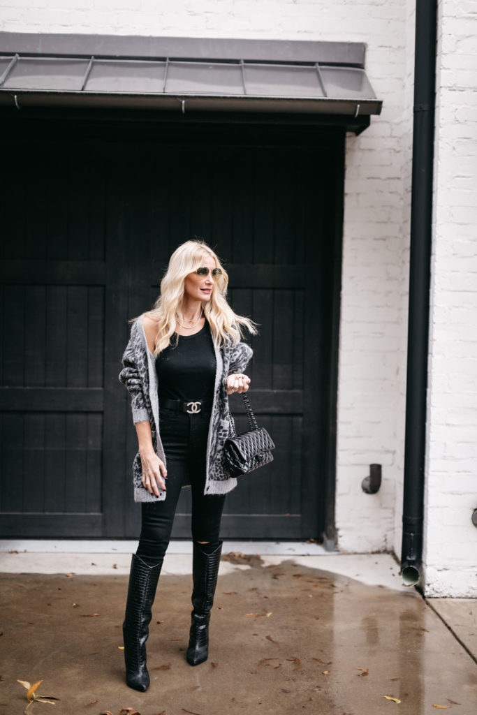 Dallas blogger wearing a grey leopard cardigan and a black tank
