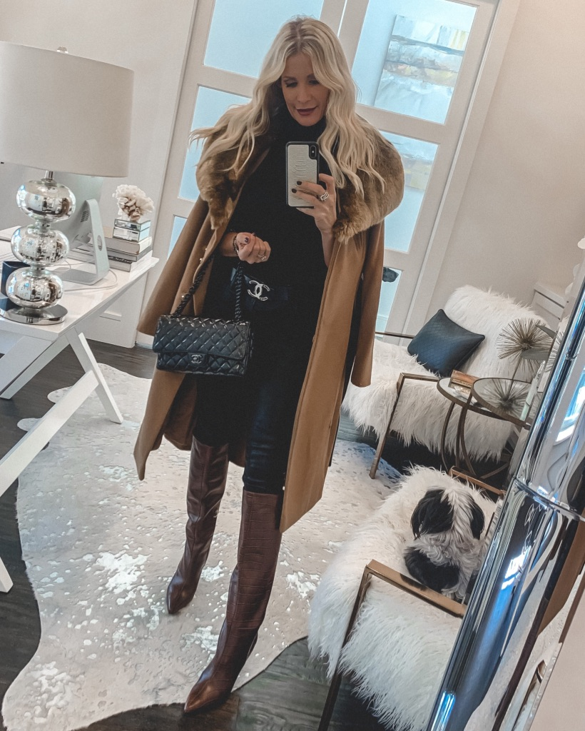 Dallas blogger wearing a camel coat and jeans