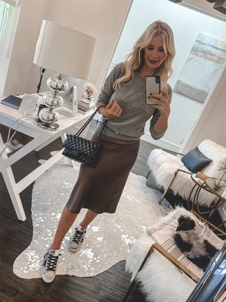 Dallas fashion blogger wearing a cashmere sweater and brown skirt