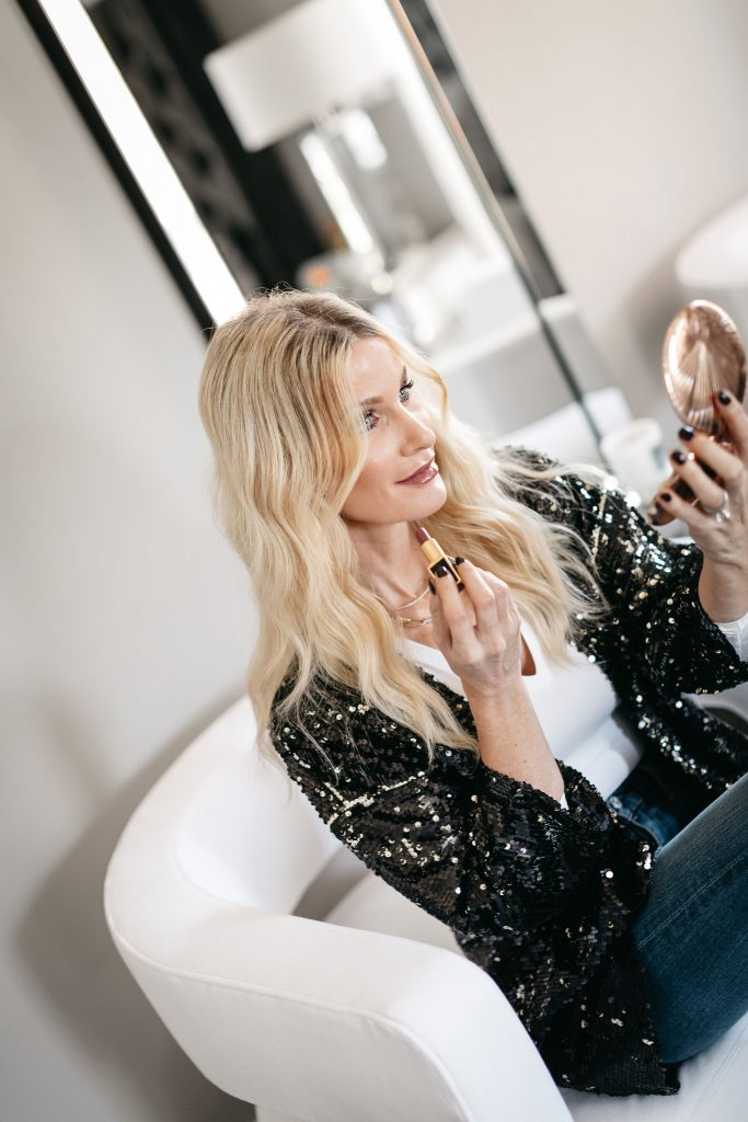 Dallas style blogger sharing go-to makeup products by Nordstrom