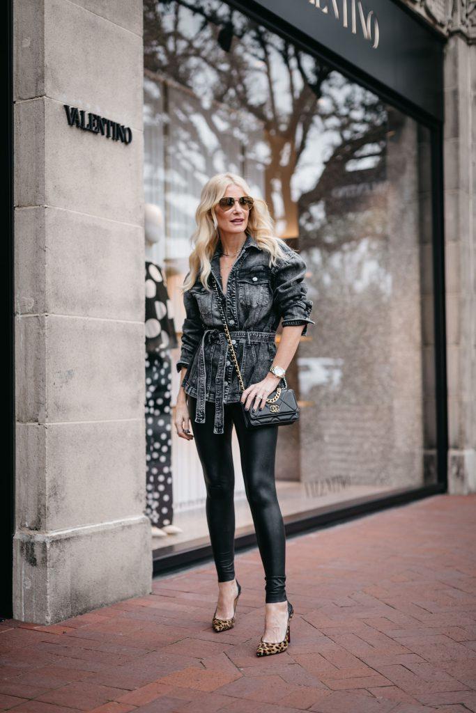 Dallas blogger wearing faux leather leggings and a black Chanel handbag