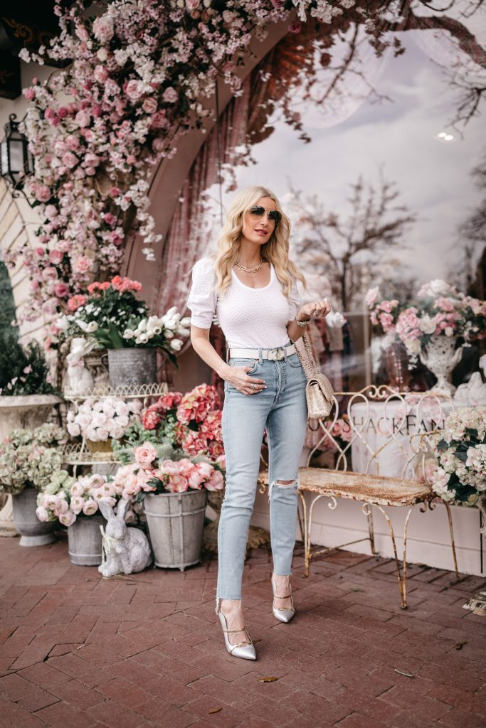 So Heather blog wearing silver heels and a white puff sleeve top for spring and summer
