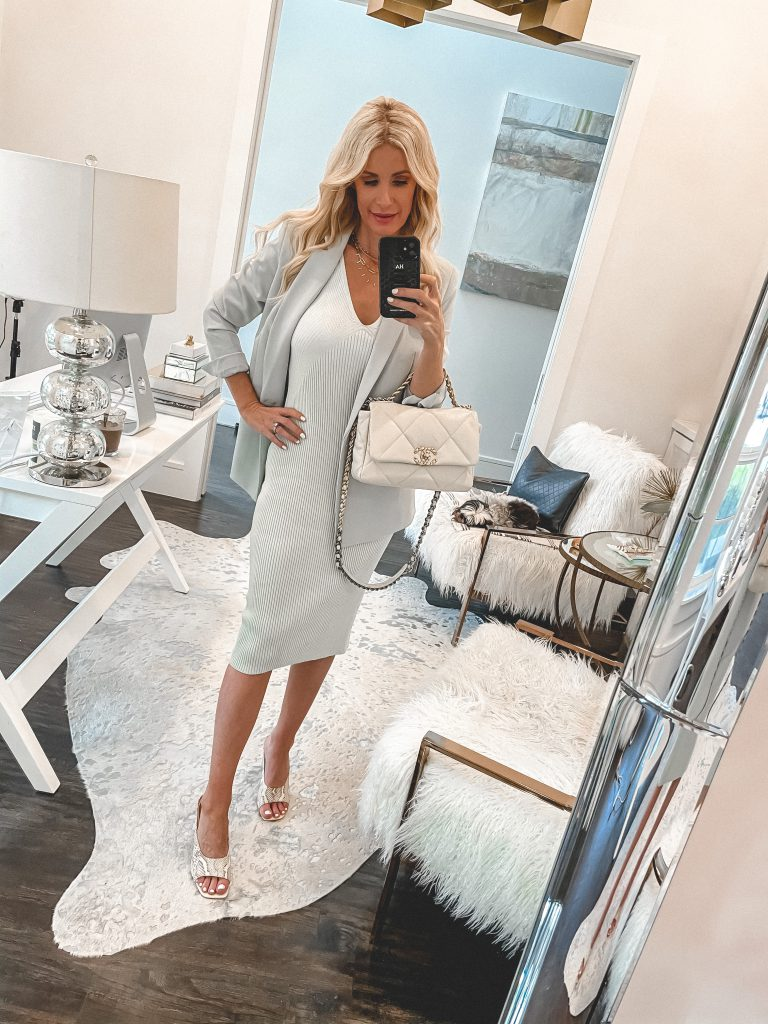 Dallas fashion blogger So Heather blog wearing a light blue midi dress and a light blue blazer