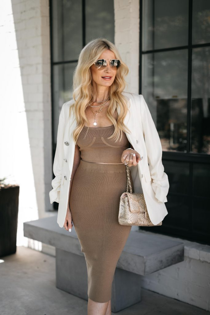 Dallas fashion blogger wearing a brown 2 piece set and a white blazer for summer