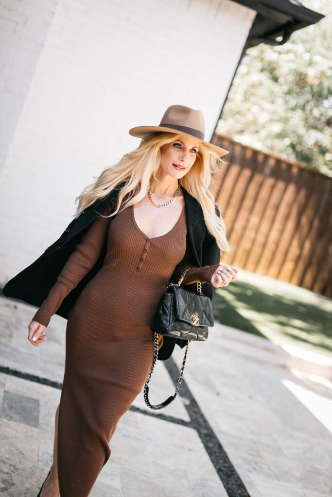 So Heather Blog wearing chocolate brown and black for fall