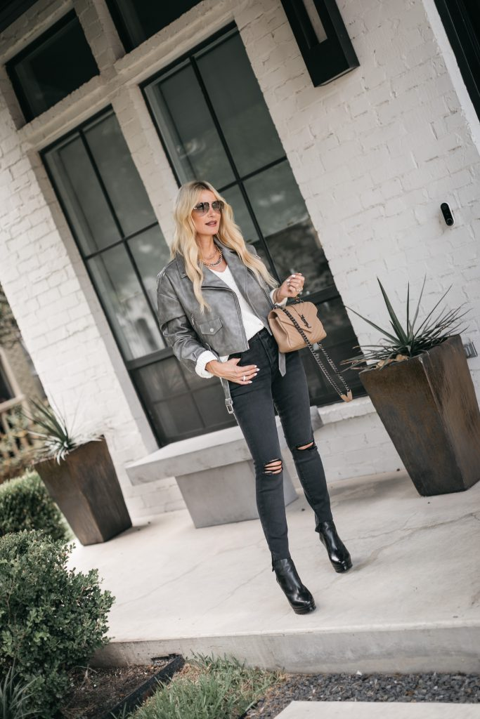 Dallas Fashion Blogger wearing boots from the Nordstrom anniversary sale