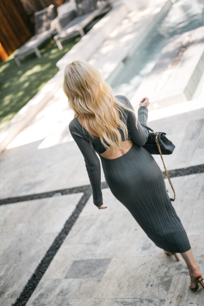 So Heather Blog wearing a long sleeve midi dress for fall